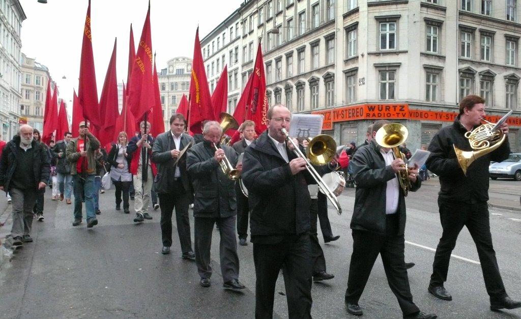 Danmark skarper reserad efter valdtakter